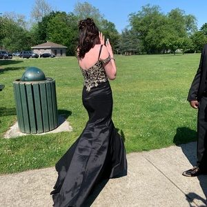 Black and gold prom dress size 6